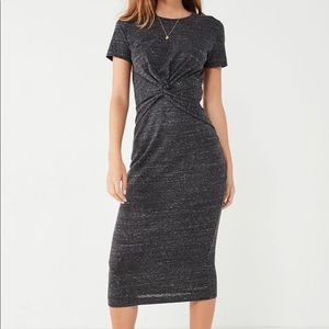 UO Knot-Front Midi T-Shirt Dress